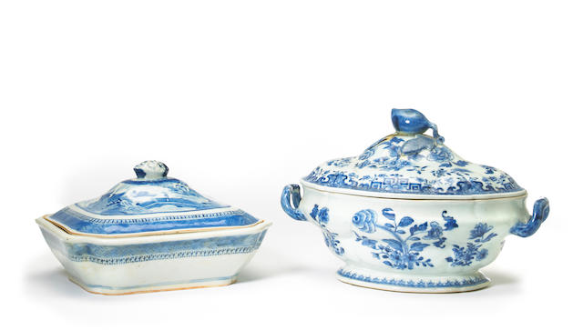 Two Chinese export blue and white porcelain covered serving dishes