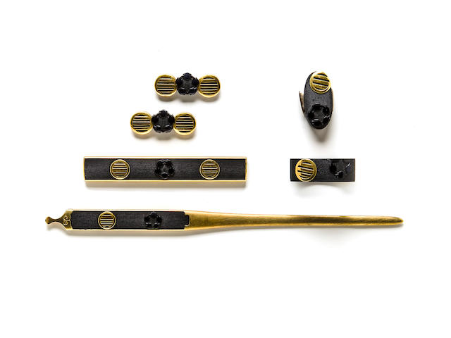 A set of sword fittings By Masazane, Edo period (19th century)