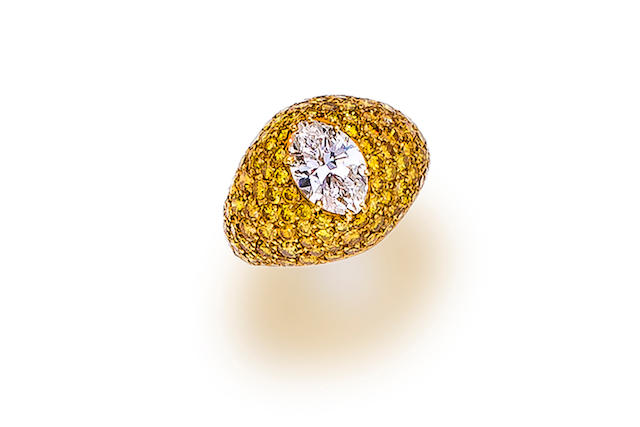 A diamond and colored diamond ring,