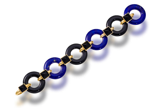 An onyx, lapis lazuli and eighteen karat gold bracelet, Aldo Cipullo
