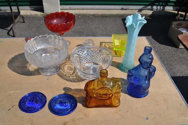 A group of ten colored and clear glass items 19th/20th century