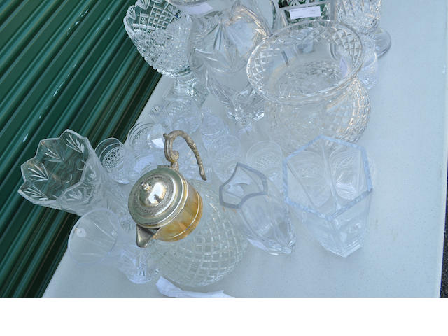 Twenty-five clear glass table articles<BR />20th century