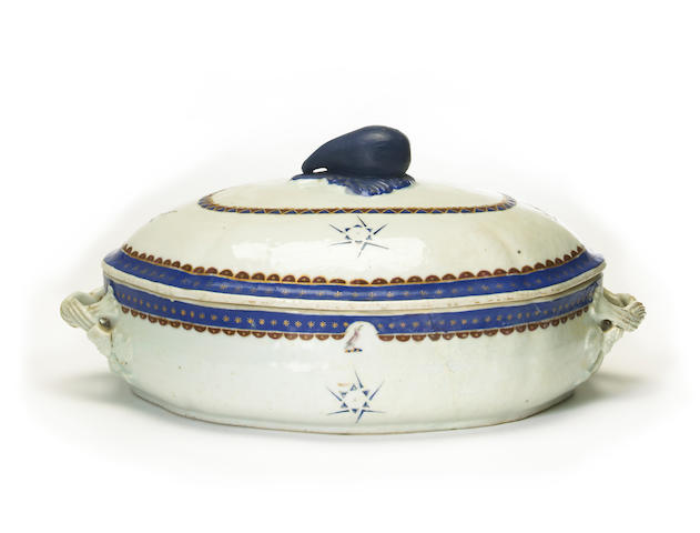 A Chinese export armorial porcelain covered tureen  18th/19th century