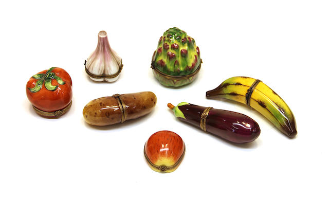 Seven Limoges Parry Vieille porcelain fruit and vegetable form trinket boxes fourth quarter 20th century