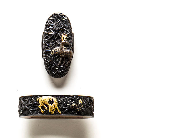 A pair of Kaga school fuchi-gashira By Shigetaka, Edo period (19th century)