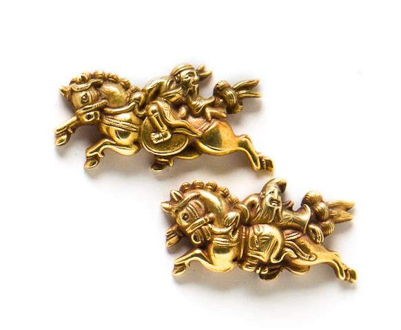 A pair of Goto school gold menuki Edo period (18th century)
