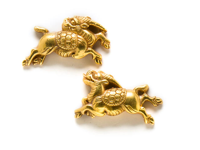 A pair of Goto school gold menuki Edo period (19th century)