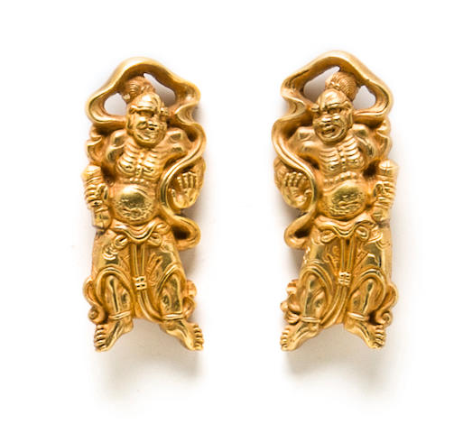A pair of gold menuki Edo period (18th century)