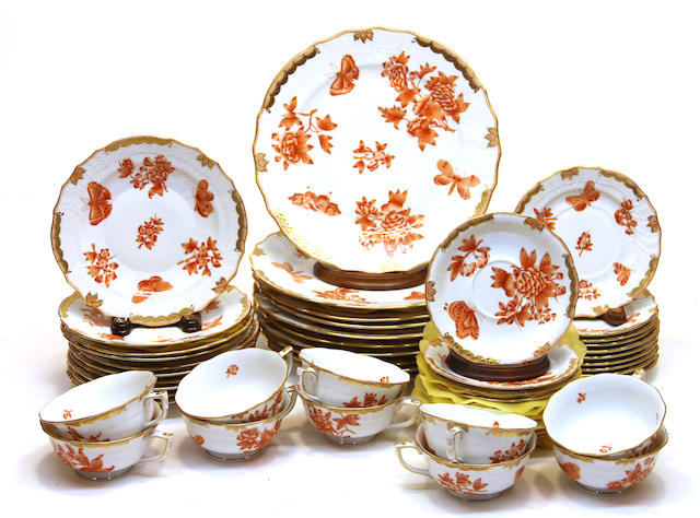 A Herend porcelain dinner service in the Fortuna pattern