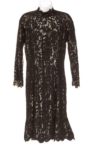 A Haulinetrigere black lace and gold metallic dress