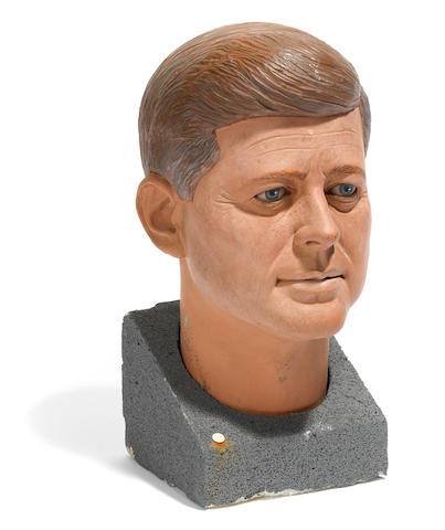 A John F. Kennedy sculpture