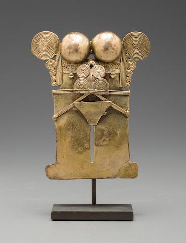 Sinú Anthropomorphic Diety Pendant, Darién Style, ca. A.D. 1000 - 1500