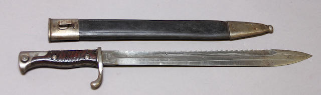 A German Model 1898/02 sawback bayonet