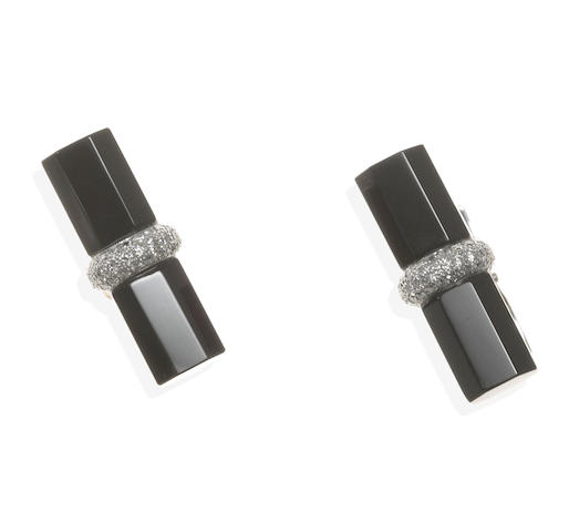 A pair of black onyx and diamond cufflinks, Eli Frei