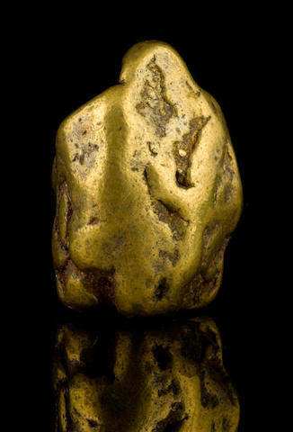 A gold nugget 5.845ozt (181.8g, 116.9 dwt)