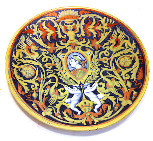 An Italian Renaissance style maiolica luster decorated charger Societa Ceramica Umbria, Rubboli family of Gualdo Tadino circa 1920 - 1930