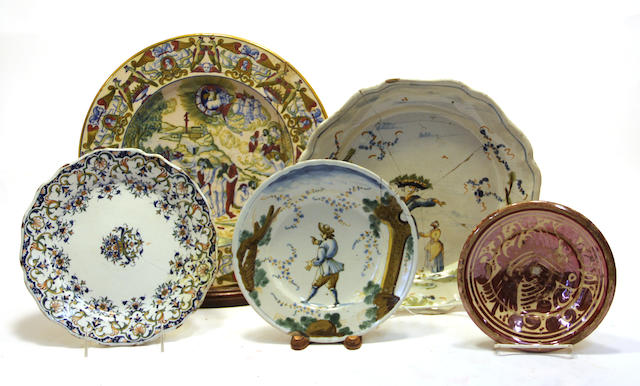 Five Continental faience dishes and plates 18th/19th century