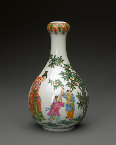 A famille rose enameled porcelain bottle vase with figural decoration Qianlong mark, late 20th century