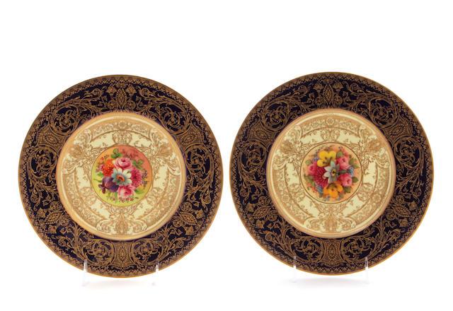 A set of eleven Royal Worcester porcelain plates