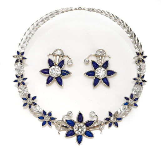 A set of diamond and lapis jewelry, including earrings and pin in 18k white gold, 20.6g (original earring pieces included)