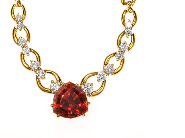 A pink tourmaline, diamond and 18k gold necklace, Hess