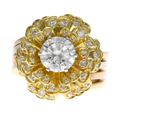A diamond ring in 14k yellow, rose, and white gold, 17.6g
