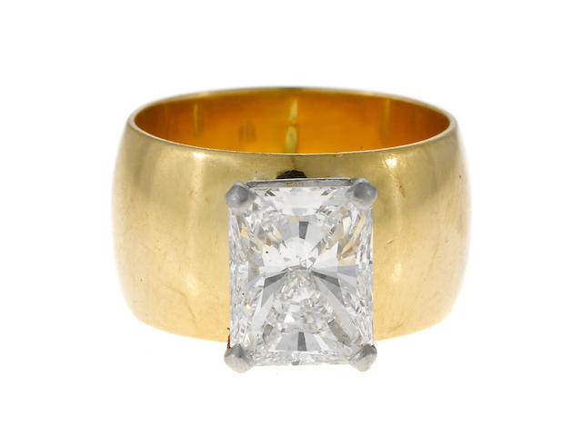 A radiant-cut diamond ring