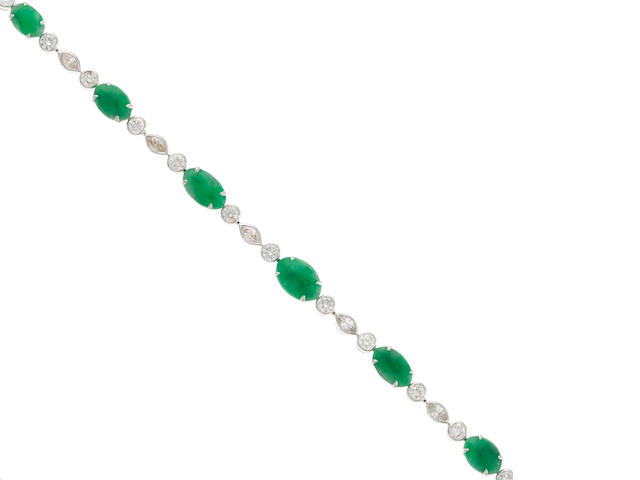 A jade and diamond bracelet in 18k white gold