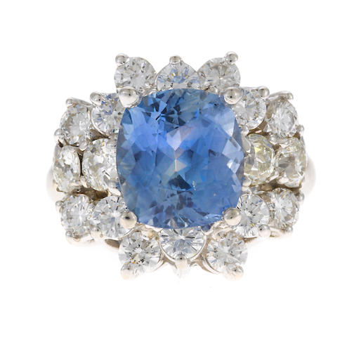 Sapphire and diamond ring approx 4.00 cts
