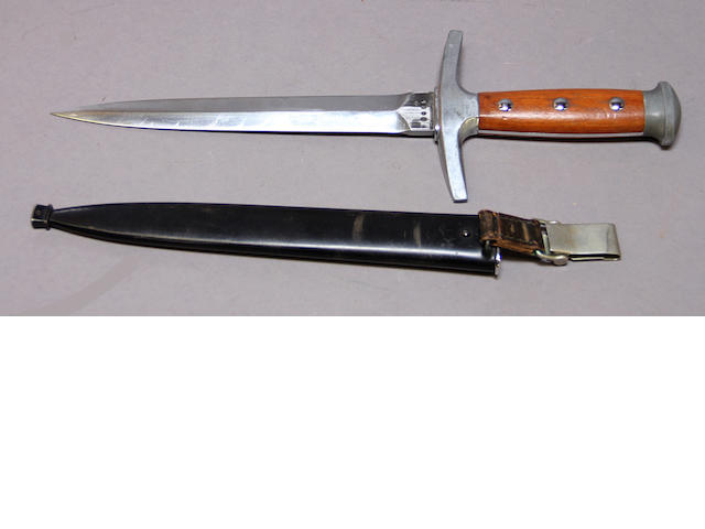 An early Swiss Model 1943 army dagger