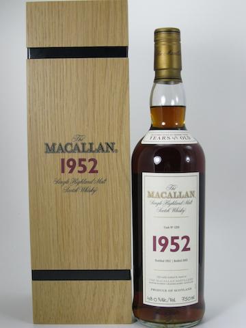 Macallan Fine & Rare 1952- 49 year old (1)