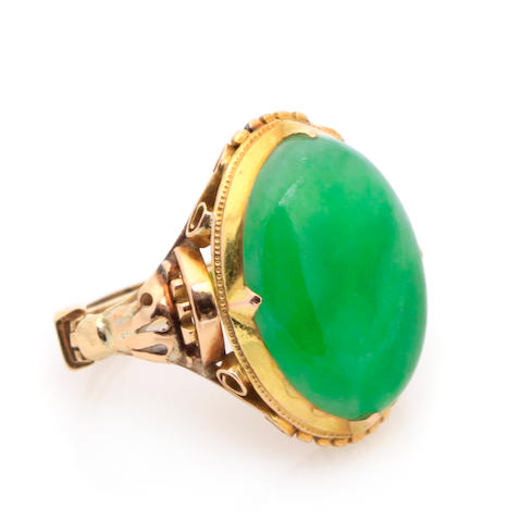 A jade and gold ring- send to Mason Kay- if untreated **1500-2000 reserve 1200**