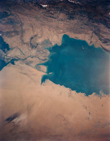 SHUTTLE STS-27. Large format photograph of the south Persian Gulf, from the orbiting Shuttle Atlantis, December 2-6, 1988,