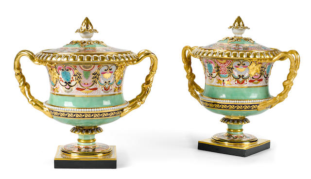 A pair of Barr Flight and Barr Worcester porcelain fruit coolers, liners and covers  circa 1807-1813