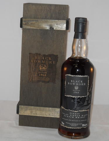 Black Bowmore 1964- 30 year old (1)