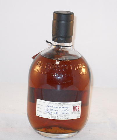 Glenrothes 1979- 22 year old (1)