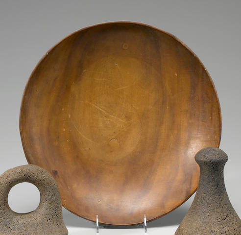 Rare and Large Circular Chief's Dish, Hawaiian Islands diameter 10in (25cm)