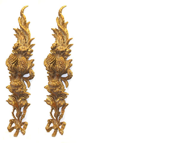 A pair of Neoclassical style giltwood pendant festoons late 20th century