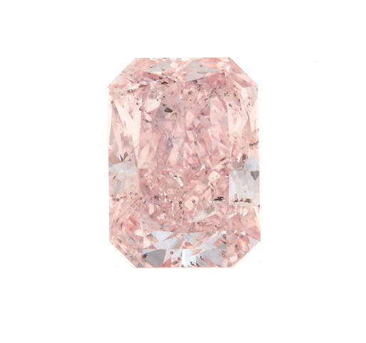 An unmounted fancy pink diamond