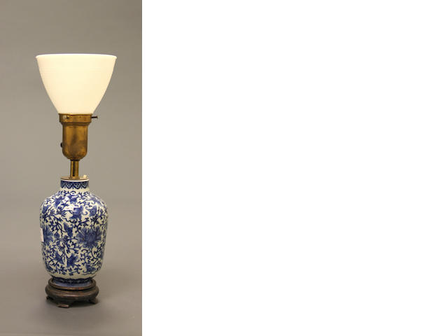 A blue and white porcelain vase With scrolling lotus decoration