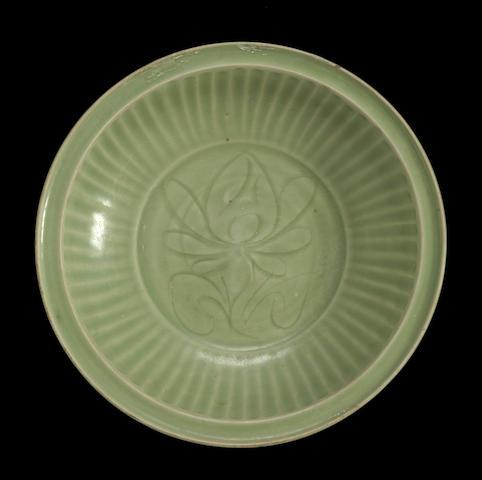 A Longguan celadon porcelain charger Ming dynasty