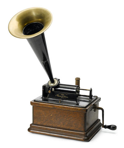 An Edison cyclinder phonograph <BR />early 20th century