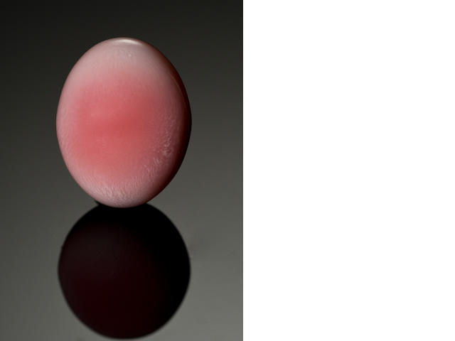 Pink oval conch pearl, 5.38 cts.