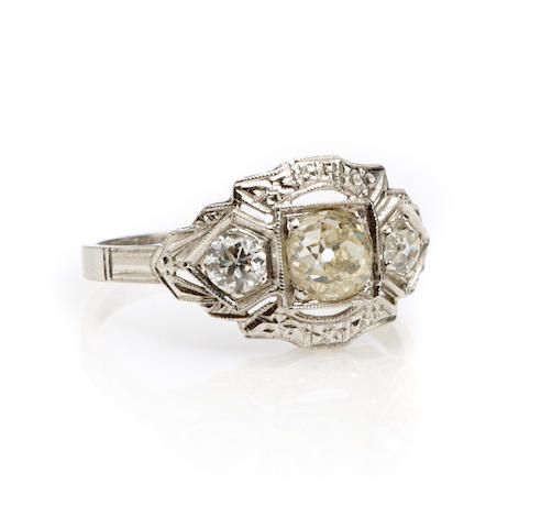 An diamond and 18k white gold ring
