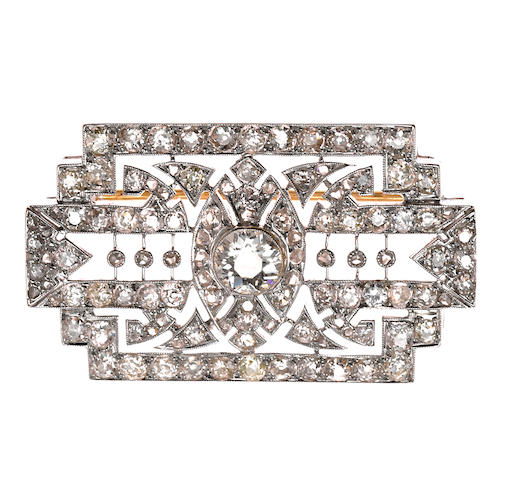 A diamond filigree brooch