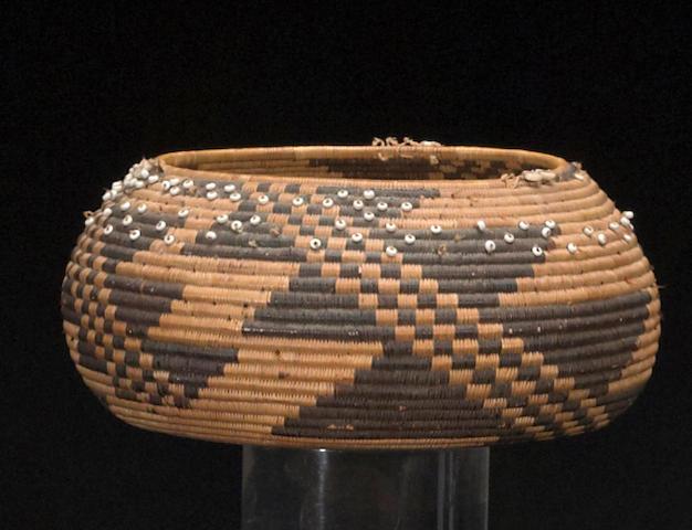 A Pomo gift basket