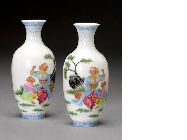A pair of small famille rose enameled eggshell porcelain vases Qianlong marks, Republic Period