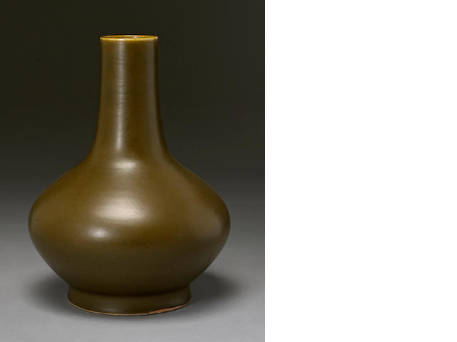 A teadust glazed porcelain vase  Guangxu mark, Republic period