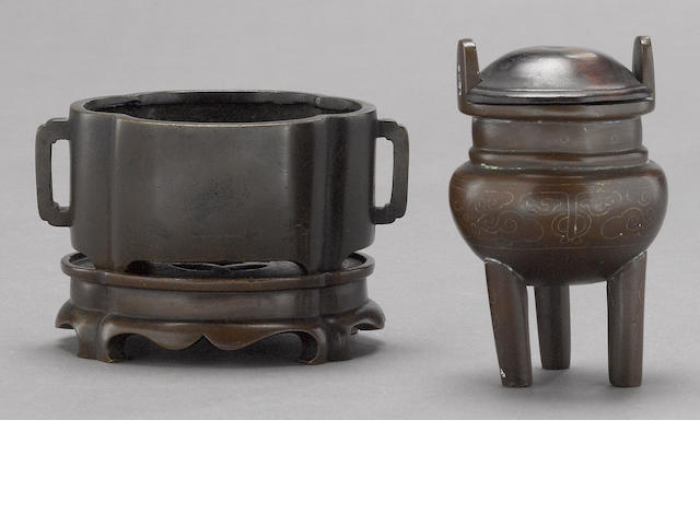 A small quatrelobed bronze censer and stand Xuande mark, 18th century