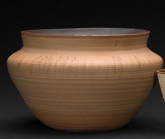 A Hopi stoneware bowl